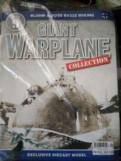 Giant war plane (no9) diecast