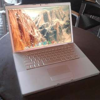Macbook Pro 15inch with ms office 2011
