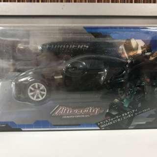 Transformers Nissan GT-R (1:32)