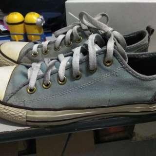 Sepatu converse original 100%