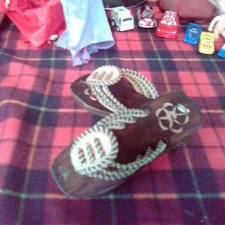 Wood Slipper for girls