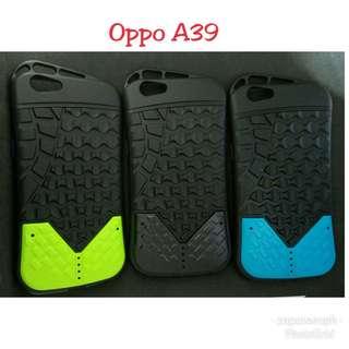 Oppo A39 Running Bear Case
