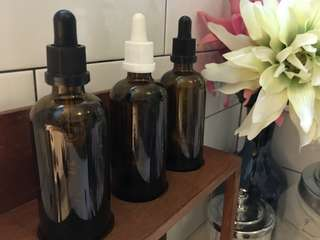Brown glass bottles with droppers