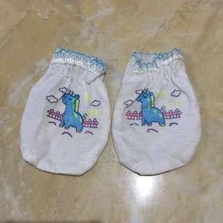 #MakinTebel Preloved 1 Psg Sarung Tangan Bayi