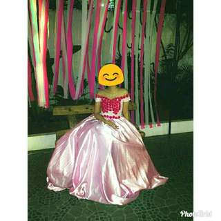 GOWN FOR RENT❣