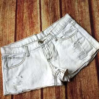 Ripped short size M