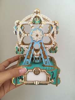 Carnival Music Box- Ferries Wheel Wooden Art