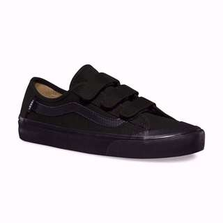 VANS🏁BLACK BALL V全黑 半月 魔鬼氈 滑板鞋 帆布鞋