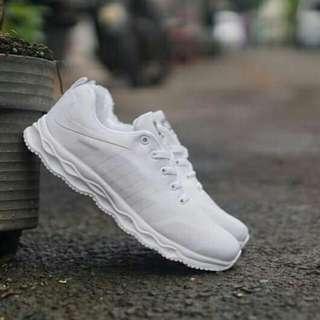 Nike Pegasus. Size 40-43  *NO COD