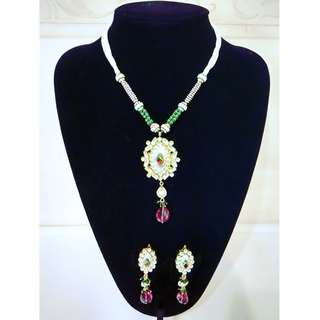 22K Taara Jewelry Pearl Kundan Necklace & Earrings