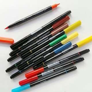 Lyra brush pen
