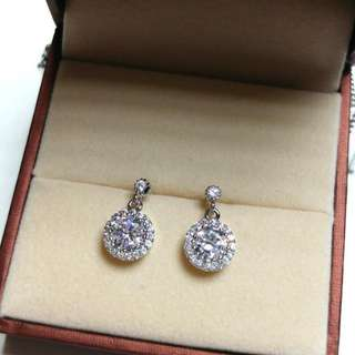 經典圓型優雅完美碎鑽耳環 Classic Round Elegant Perfect Diamond Earrings