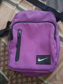 Authentic Nike Sling bag Pre love