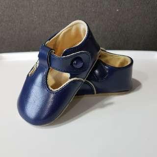 Prewalker Shoes | Size 2 |