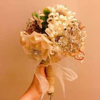 Handmade 乾花水鑽花球 handmade dried flower crystal bouquet