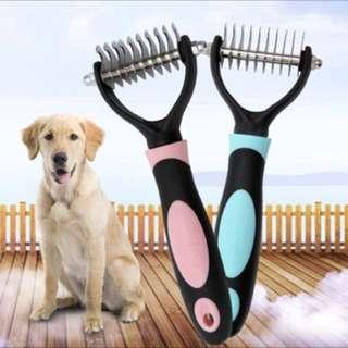 Dog dematting/deshedding tool