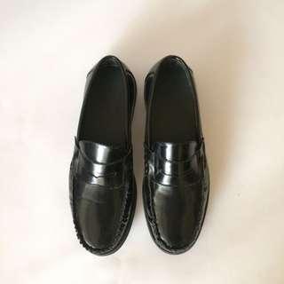 ASOS Eaton Loafers (black) size 43 kondisi new