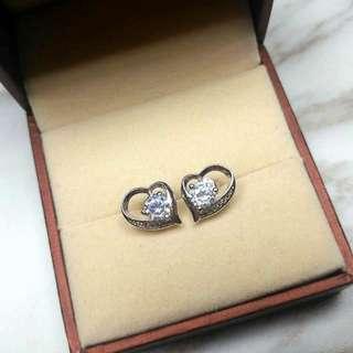 簡約心形寶石搖曳耳環 Simple Heart-Shaped Gem Shiny Anti-Sensitive Earrings