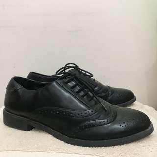 Stradivarius Oxford Shoes