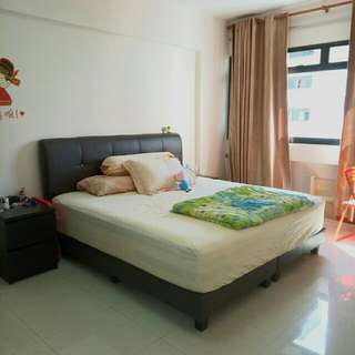 Buangkok good condition 5 room High Floor (all races)