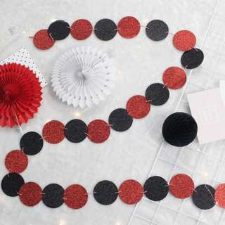Glitter Circle Garlands (Red And Black)