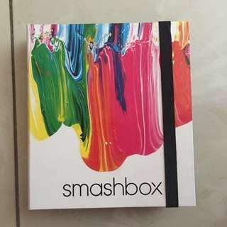 SMASHBOX Eyeshadow Palette Art. Love. Color