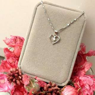 心形經典款頸鏈吊墜 Elegant Heart-Shaped Classic Necklace Pendant