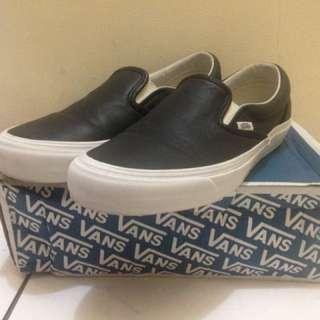 Vans Vault LX Slip On OG Black Leather Good Used