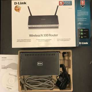 90% New TP-Link N300 Wireless Wi-Fi Router (DIR-615)