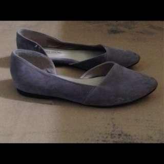 🚚 藕紫色小尖頭平底娃娃鞋