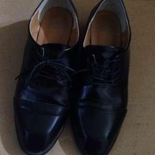 🚚 韓國牛津低跟皮鞋