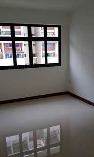 2 common rooms for rent