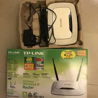 TP Link TL-WR841N 300Mbps Wireless Router (90% New)