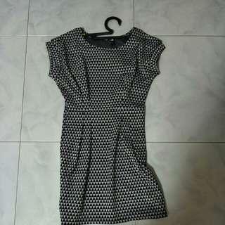 Elastic Black Printing Dress