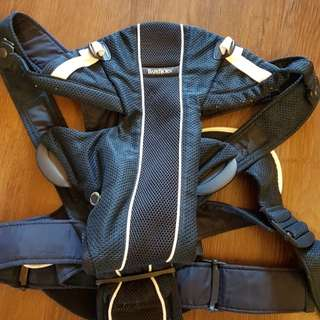 BabyBjorn: Baby Carrier