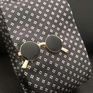 Spectacle / Glasses Tie Bar Gold Sunglasses