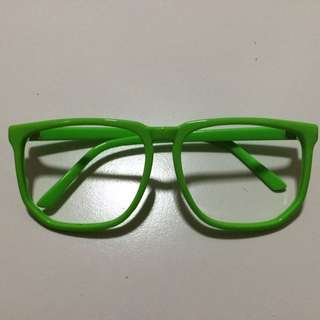 Green oversized spectacle