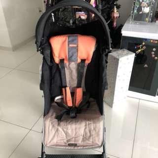Almost brand new Maclaren stroller