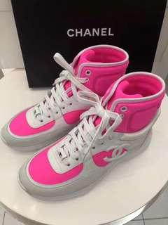 🎗 #Chanel 爆款 桶鞋 Size 37。38  38.5。正常碼