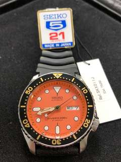 Seiko SKX011J1 SKX011 200m Orange Dial made in Japan 日版 橙面