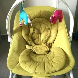 Ingenuity Bright Starts Easy Rest & Rock Baby Rocker (Suitable for Newborn-18kg) 6/10