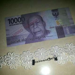 Chocker kalung daisy lace white