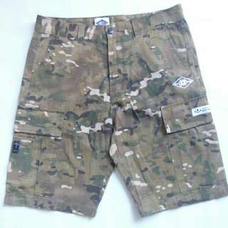 MADNESS CAMOU WALK SHORTS