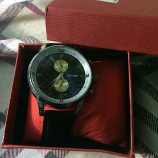 synokes watch
