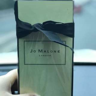 JO MALONE NECTARINE, WOOD SAGE & SEA SALT