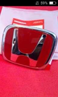 Honda vezel/HRV red logo