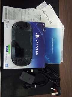 PS Vita slim 3.65fw 2months old bago pa