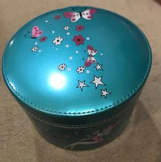 Anna Sui box