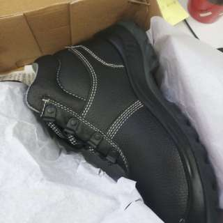 Safety Jogger 安全鞋 工鞋 safety shoes