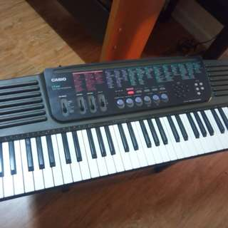Casio CT647 Portable Keyboard